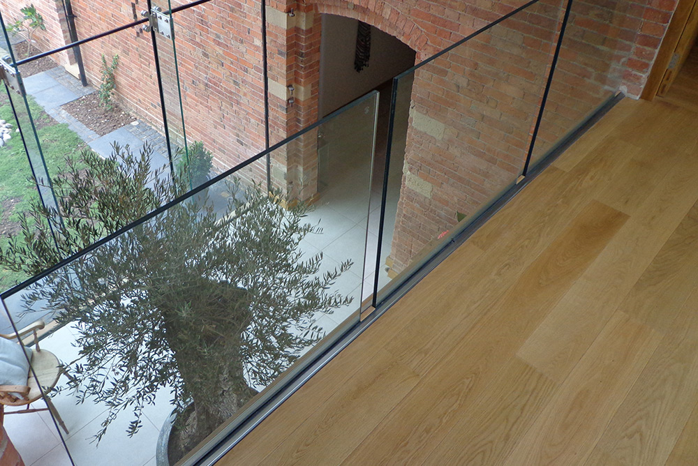7 Glass Balustrade Park Farm Design.jpg